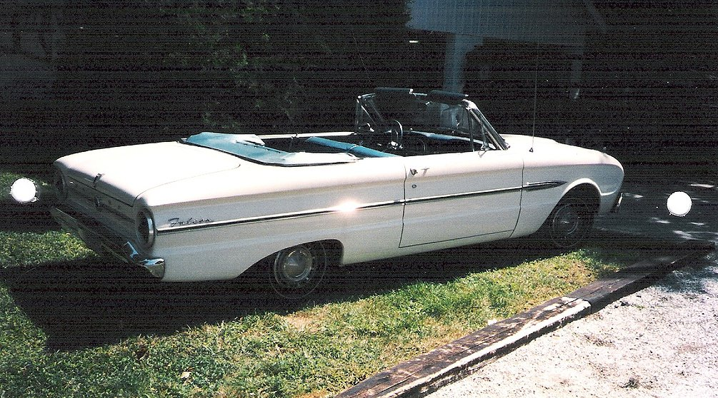 White convertable 1963 Ford Falcon