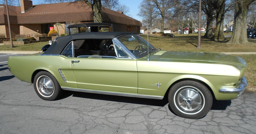 Green colored 1965 Ford Mustang