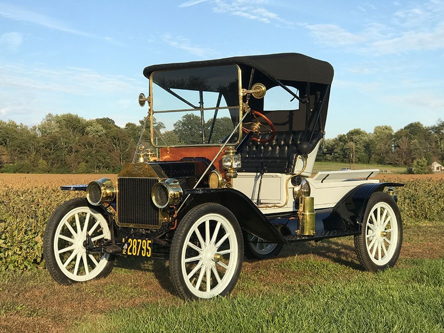 Model T with soft top