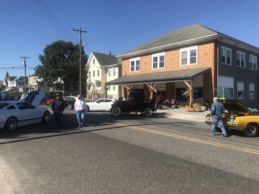 Image 1 - 2019 Lew Zane Memorial Car Show Elmer Harvest Day